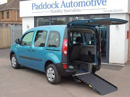 kangoo renault 2010 used renault kangoo 1 6 extreme auto disabled wheelchair adapted