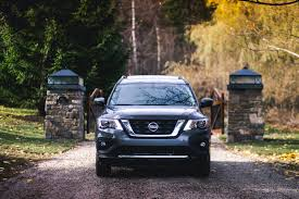 nissan pathfinder reviews 2017 2017 nissan pathfinder the inevitable evolution of an ageing