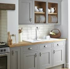 deco cuisine taupe cuisine taupe et blanc beautiful idee deco cuisine avec meuble salle