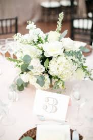 Small Flower Arrangements Centerpieces Best 25 Low Centerpieces Ideas On Pinterest Gold Vase