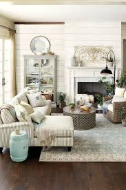 Rustic Home Interiors Best 20 Farmhouse Living Rooms Ideas On Pinterest Modern