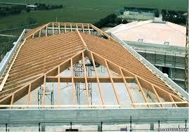 tetto padiglione tetto a 4 falde in legno per solai calpestabili viene invece
