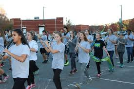 harrison high school marching band performing in the macy s