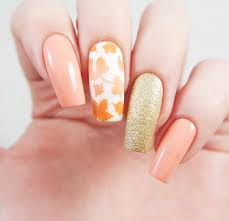 best results for nail art using nail vinyls and nail stencils