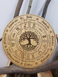 wheel of the year in oak pagan wiccan tree of