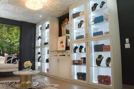 Fashion Institute Of Design And Merchandising Orange County This Consignment Shop Has The Largest Collection Of Vintage Chanel
