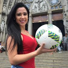 brazilian beauty shows off keepy uppy skills in high heels and