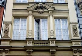 file building ornaments at długa 70 in gdańsk 1 jpg
