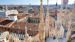 walking tour of milan city centre with tickets for duomo and
