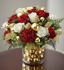 christmas flowers gorgeous christmas floral arrangement christmassy lovelieness