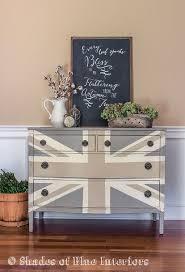 Union Jack Pallet Table The by Best 25 Union Jack Decor Ideas On Pinterest Living Room Ideas