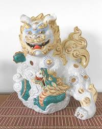 kutani shishi white japanese kutani 24k gilt foo dog shishi lion with mythical