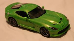 Dodge Viper New Model - review maisto 1 18 scale dodge viper srt youtube