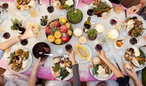 how to do thanksgiving in a small space when all your friends are
