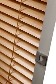 the latest venetian blind for roof windows in the offer shadowline