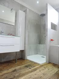 cuisines bains salle de bains grise et bois salles acb cuisines nantes bain