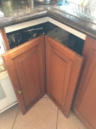 kitchen corner cabinet hinges bunnings what hinge do i need to fix this corner bunnings