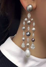 and pearl chandelier earrings best 25 diamond chandelier earrings ideas on