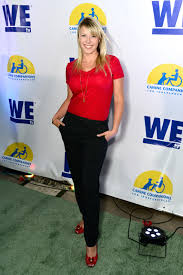 How Old To Work At Six Flags Jodie Sweetin Didn U0027t Die On A Roller Coaster At Six Flags Bleader