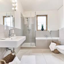 badezimmern ideen die besten 25 fliesen beige ideen auf badezimmer