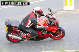 honda cbr 600s honda cbr600f road test classic motobikes bike reviews