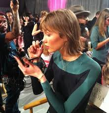 runway hair extensions karlie kloss bobbed hair even though tonight s the s