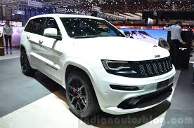 jeep grand cherokee front grill 2016 jeep grand cherokee srt night front three quarter at the