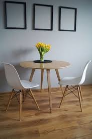 table cuisine ronde ercol dining table designed by lucien ercolini britain