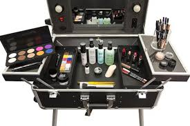 makeup artist station make up for s be your own makeup artist kit is way big to