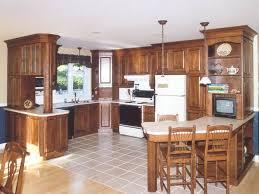 armoire en coin cuisine modele de cuisine en bois rangement bas cuisine cbel cuisines