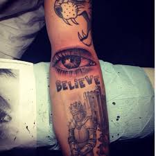 what is justin bieber u0027s new tattoo who is artist bang bang and