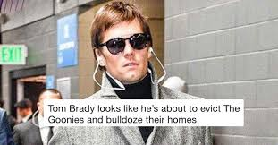 Funny Tom Brady Memes - 15 of the funniest reactions to tom brady s hideous super bowl coat