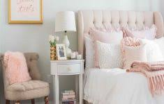Pink Themed Bedroom - pink bedroom chair interior design ideas for bedrooms