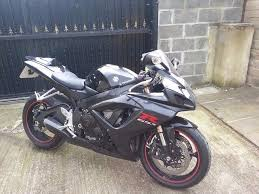 suzuki gsxr 600 k7 2007 black red white genuine very low mileage