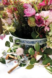 11 tips for arranging flowers how to decorate