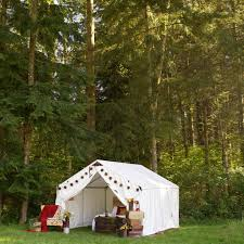 a wall tent wedding rainier yurts