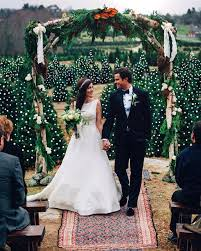 wedding arch leaves 30 winter wedding arches and altars to get inspired weddingomania