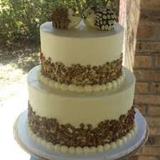 wedding cake edible decorations 2 tier wedding cake with buttercream and edible decoration