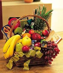gourmet fruit baskets gourmet fruit basket flower petal send flowers online same