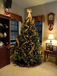 interior beautiful christmas tree decorating themes with gold