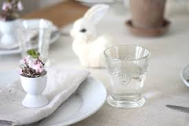 Easter Table Setting A Simple Easter Table Setting