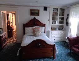 lizzie borden bed breakfast trip part 1 tunay na mahal lizzie borden s bedroom originally her sister emma s