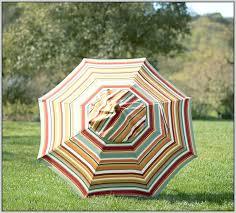 Striped Patio Umbrella Lovely 9ft Patio Umbrella And Striped Patio Umbrella Tilt 73 9