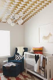 plafond chambre bébé stickers chambre bébé idées inspirations tendances