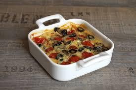 cuisiner des tomates cerises clafoutis aux tomates cerise et aux olives noires