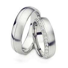 wedding rings his and hers matching sets pin by weddings by dyal on his and hers wedding ring sets
