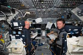 space shuttle astronaut space shuttle endeavour returns home from last flight mirror online