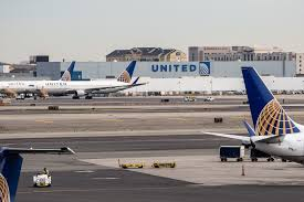 United Baggage Fees International United Overbooking Airline Will Offer Up To 10k For Seats Fortune