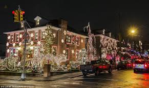 dyker heights brooklyn christmas lights see new york s most extravagant christmas lights in brooklyn
