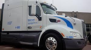 peterbilt trucks peterbilt showcases latest technologies truck news
